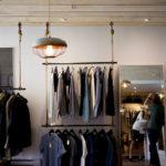 Коронавирус ударил по продаже одежд: торговля снизилась на 90%
