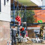 Беглов похвалил петербургских строителей за быструю работу