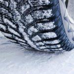 Преимущества шипованных зимних шин