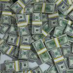 Эксперт прокомментировал возможность скачка курса доллара до 200 рублей