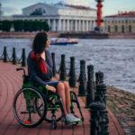 «Все начинается с человеческого отношения, а не пандусов»: интервью с блогером на коляске о доступной среде в Петербурге и флешмобе для Дудя