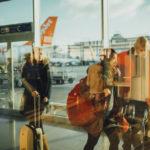 Вернувшихся в Петербург из-за границы туристов, будут отправлять на карантин принудительно