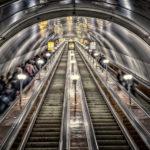 На «коричневой» ветке метрополитена смонтировали трехтысячное кольцо